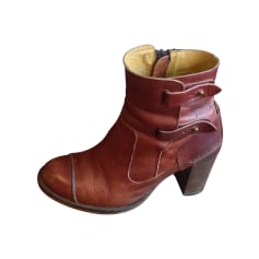 Bottines & low boots à talons KICKERS Marron