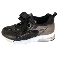 Glisser Sur Chaussures De Sport Pour Les Femmes En Vente, Noir, Nylon, 2017, 38 Prada