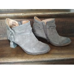 Bottines & low boots à talons PALLADIUM Gris, anthracite