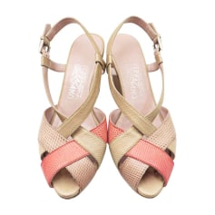 Sandales compensées SALVATORE FERRAGAMO Beige, camel