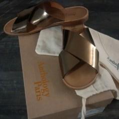 Sandales plates  ANTHOLOGY PARIS Doré, bronze, cuivre