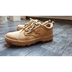 Chaussures de sport AIGLE Beige, camel