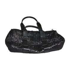 Leather Shoulder Bag BOTTEGA VENETA Black