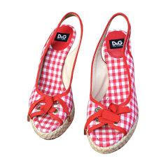 Sandales compensées DOLCE & GABBANA Vichy rouge et blanc
