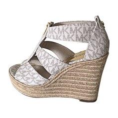 Sandales compensées MICHAEL KORS Blanc, blanc cassé, écru