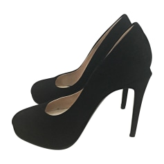 Pumps, Heels FENDI Black