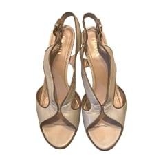 Sandali con tacchi PRADA Bianco, bianco sporco, ecru