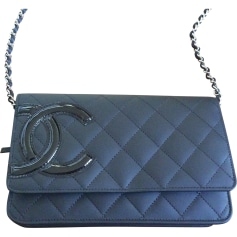 Leather Shoulder Bag CHANEL Black