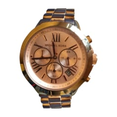 Montre au poignet MICHAEL KORS Rose gold