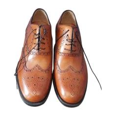 Chaussures à lacets CHRISTIAN LOUBOUTIN Marron