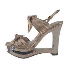 Sandales compensées VALENTINO Doré, bronze, cuivre