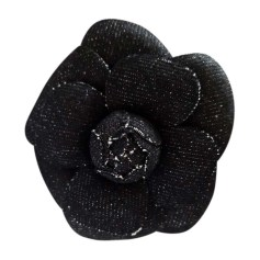 Broche CHANEL Gris, anthracite