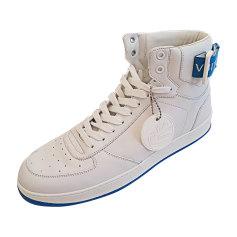 Chaussures de sport LOUIS VUITTON Blanc, blanc cassé, écru