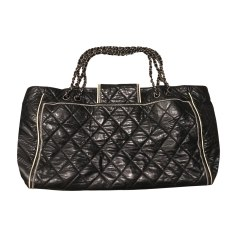 Leather Oversize Bag CHANEL Black