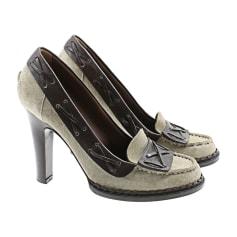 Loafers YVES SAINT LAURENT Beige, camel