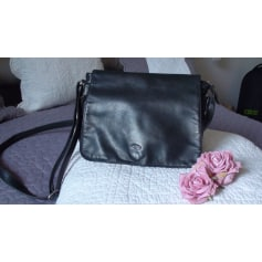 318ed54838 Leather Shoulder Bag KATANA Black