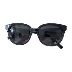 Sunglasses YVES SAINT LAURENT Black
