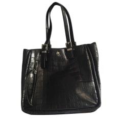 Leather Shoulder Bag FREE LANCE Black