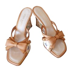 Wedge Sandals LOUIS VUITTON White, off-white, ecru