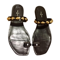 Flat Sandals LOUIS VUITTON Black