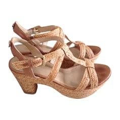 Heeled Sandals STUART WEITZMAN Beige, camel