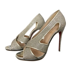 chaussure louboutin femme 38