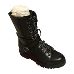 Bottines & low boots plates VALENTINO Rockstud Noir