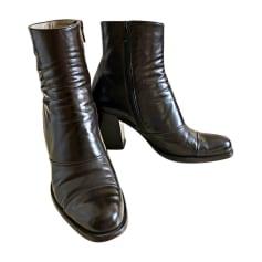 Bottines & low boots à talons PRADA Marron
