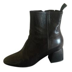 Bottines & low boots à talons BA&SH Noir