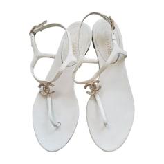 Flat Sandals CHANEL White, off-white, ecru