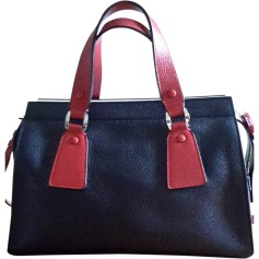 Sacs Giorgio Armani Femme   articles luxe - Videdressing 4a40a173289