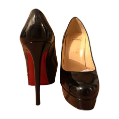 louboutin a vendre occasion