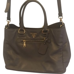 d37dc94c2a96 Sacs en cuir Prada Femme Kaki   articles luxe - Videdressing