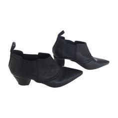 Bottines & low boots à talons ALEXANDER MCQUEEN Noir