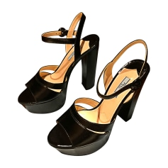 Sandali con tacchi PRADA Nero