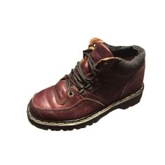 8ea8d0189fe5 Chaussures Dr. Martens Femme occasion   articles tendance - Videdressing