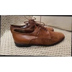Chaussures à lacets  Kurt Geiger  pas cher