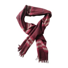 Echarpes   Foulards Burberry Homme   articles luxe - Videdressing 0e68f61c7d4