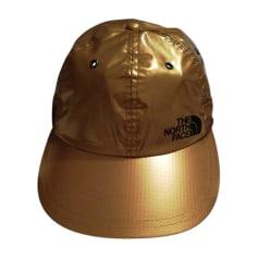 Berretti e Cappelli Supreme Uomo   articoli di lusso - Videdressing 1913305de0ca