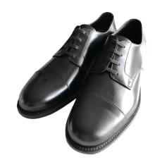 5e96c76774714d Articles Luxe Homme Prada Videdressing Chaussures STCfaf