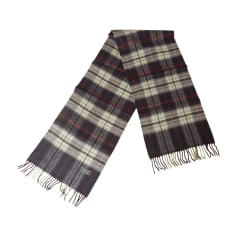 2678704dd780 Echarpes   Foulards Burberry Homme   articles luxe - Videdressing