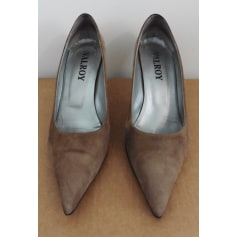 ad6ecba811a Chaussures Valroy Femme   articles tendance - Videdressing