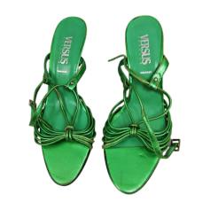 Chaussures Versus Versace Femme   articles luxe - Videdressing 179c5a49ca7