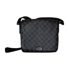 Sacs, chaussures, vêtements Louis Vuitton Homme occasion   articles ... b562e598d12