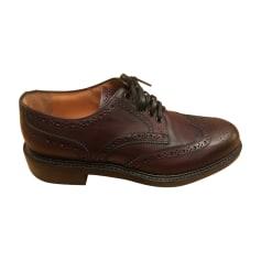 7722b2381d99 Chaussures Louis Vuitton Homme   articles luxe - Videdressing