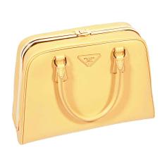 Sacs pochette en cuir Prada Femme   articles luxe - Videdressing 772ce3b4aa8