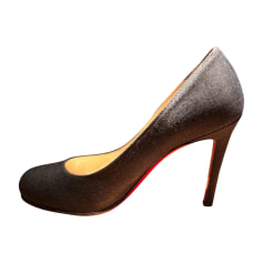 Chaussures Christian Louboutin Femme occasion   articles luxe ... e7f375bc557a