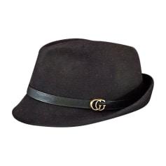 9229b21b8c99 Chapeaux   Bonnets Gucci Femme   articles luxe - Videdressing