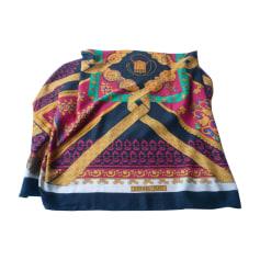 Echarpes   Foulards Femme Cachemire neuf de marque   luxe pas cher ... f8ef2c587c3