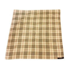 Echarpes   Foulards Burberry Femme   articles luxe - Videdressing 7d9b3cc2c74